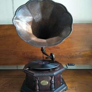 Gramaphone Masters Voice Segi 8, Antik Jadul