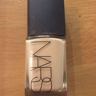 Nars Sheer Glow Deauville
