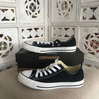 CONVERSE *BRAND NEW* size7