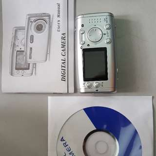 5MP digital camera (unused)