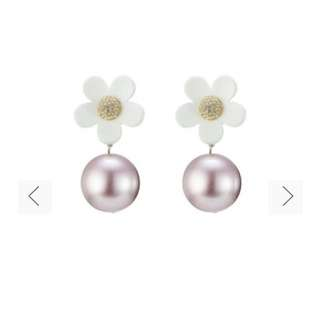 Marc Jacobs pearl drop earings