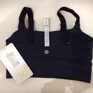 Lululemon athletica Women Sports Bra size 4