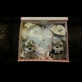 全新正貨 BESTEVER 史立莎狗仔 介指枕 戒指枕 (有盒) 結婚用品 證婚行禮使用