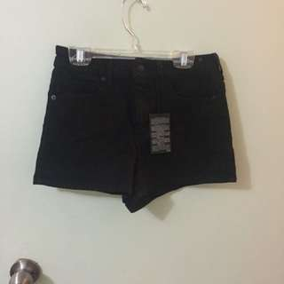 Forever21 highwaisted black shorts