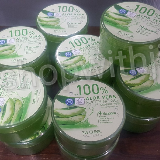 3W Clinic 100% aloe vera soothing gel