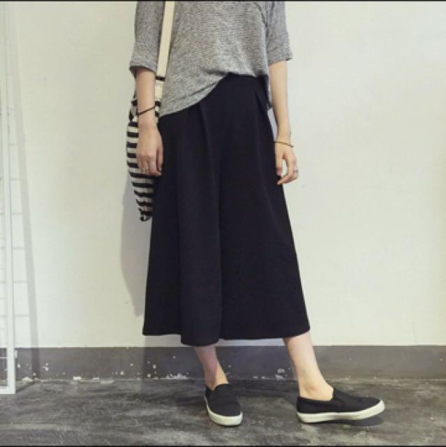 全新黑色寬褲