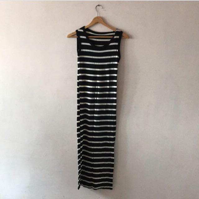 黑底白條紋長版背心洋裝