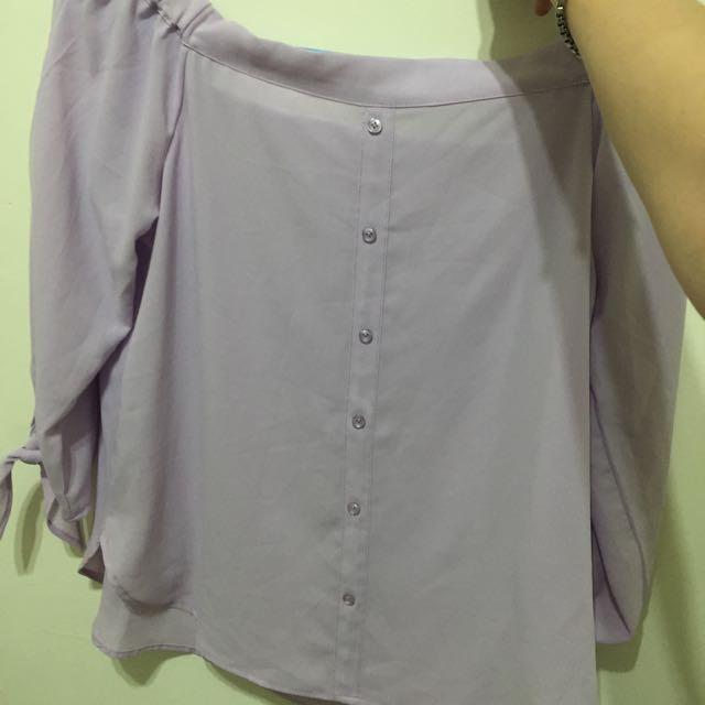 馬卡龍紫全新 ㄧ字 雙面可穿 燈光拍的不好 是襯膚粉