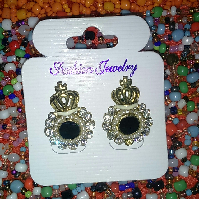 Anting Crown
