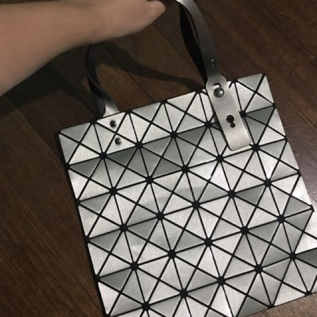 Baobao inspired hand bag