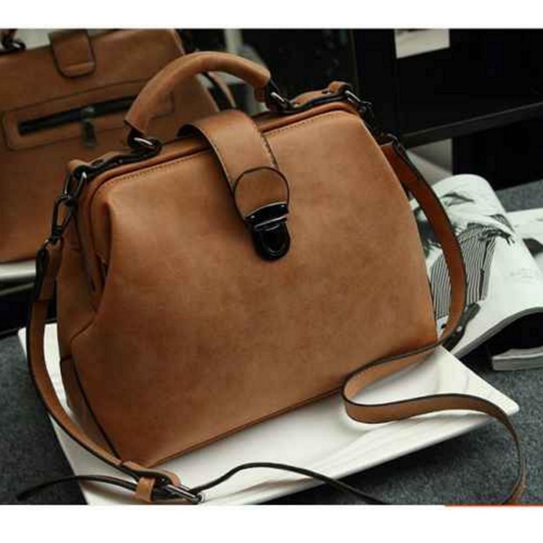 Brand New Doctor's Bag / Vintage Bag / Sling Bag / Ladies Handbag/ Retro Bag