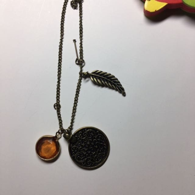 Buy 1 get 1 free vintage necklaces