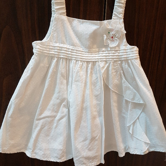 clean white top 18 to 24 months, imported