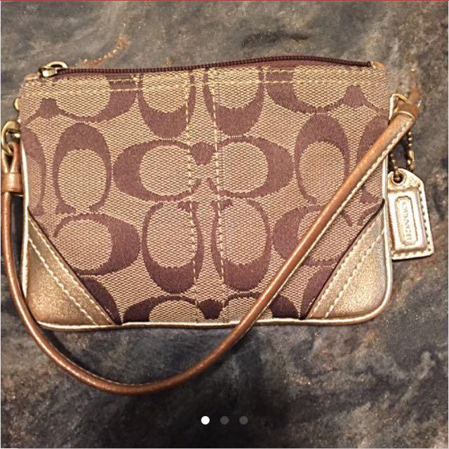 Coach vintage wristlet wallet