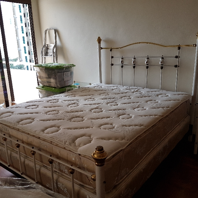 Kingcoil Queen Size Mattress With Datco Brass Bed Furniture Beds