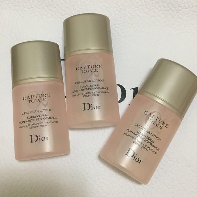 Dior 逆時完美再造精華化妝水