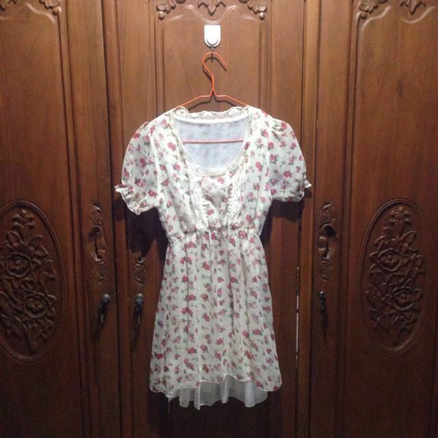 Floral mini dress #CarousellxShopBack