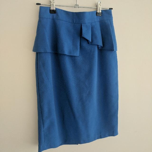 Forcast peplum skirt size 6