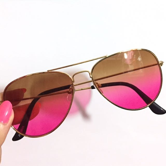 Gradient aviator
