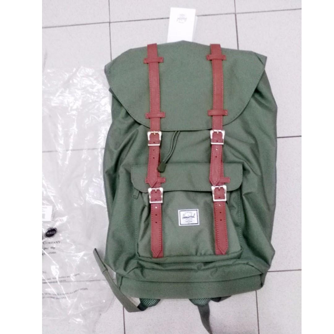 super service Buy Authentic meet Herschel Little America Lichen Green backpack bag