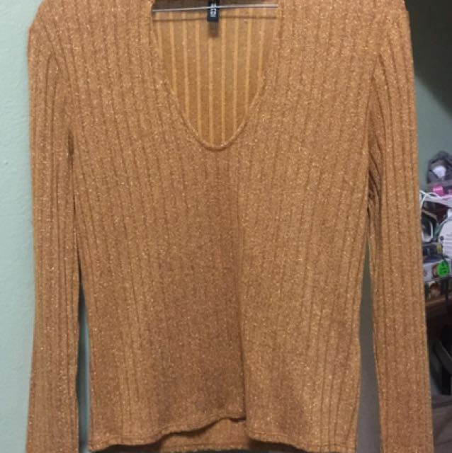 H&M MUSTARD YELLOW LONG SLEEVE - SIZE M (10)