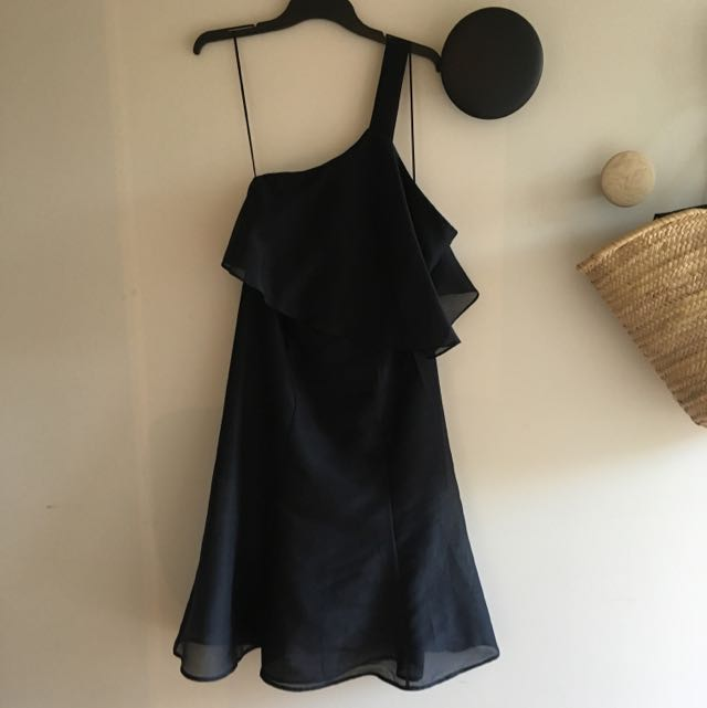 Keepsake size S Black One Shoulder Dress