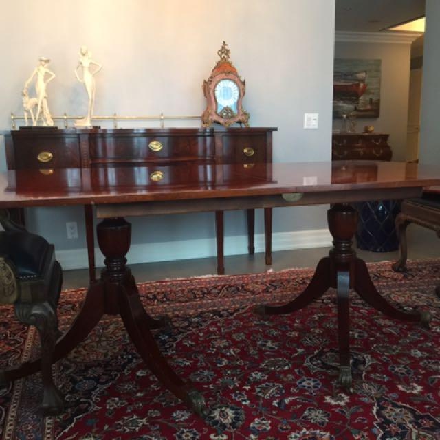 Mahogany Claw Foot 6-10 Ppl dining table