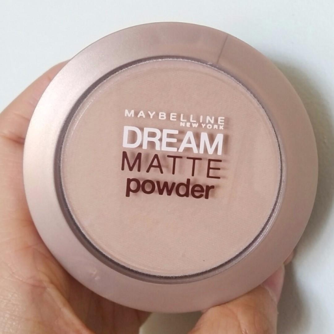 Maybelline Dream Matte Powder - Medium 01 Sand