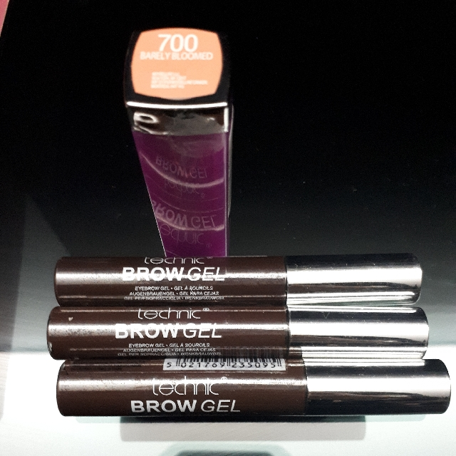 maybelline lipstick and technic brow gel
