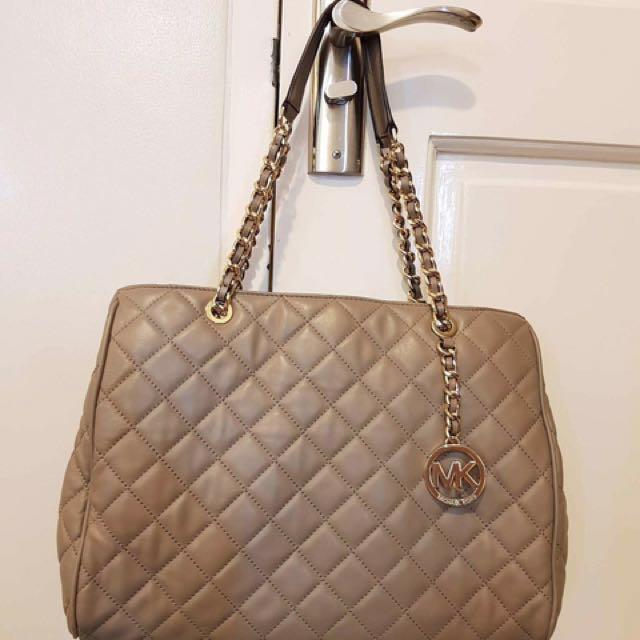 Michael Kors Bag ➡️open for lay away⬅️