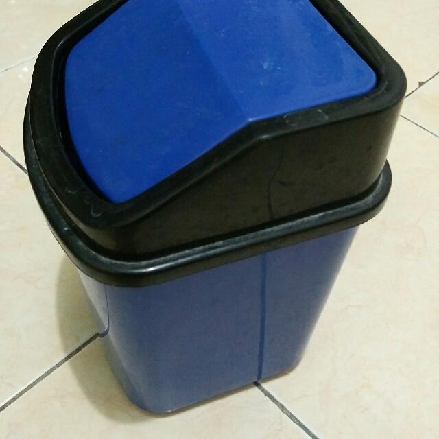 Mini Trash bin Blue