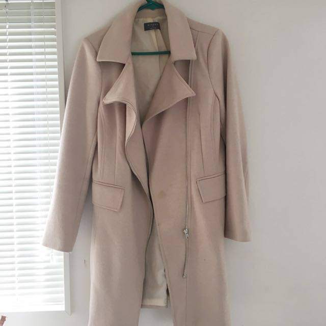 MIRROU Beige Coat