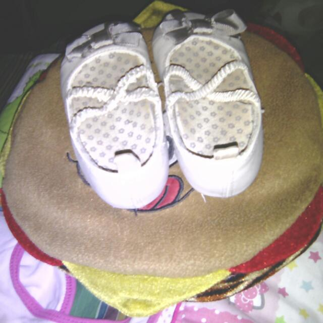Free Delivery : Original H&M White Baby Shoes