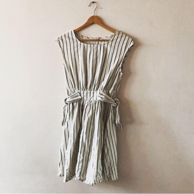 Pazzo藍白直條紋洋裝