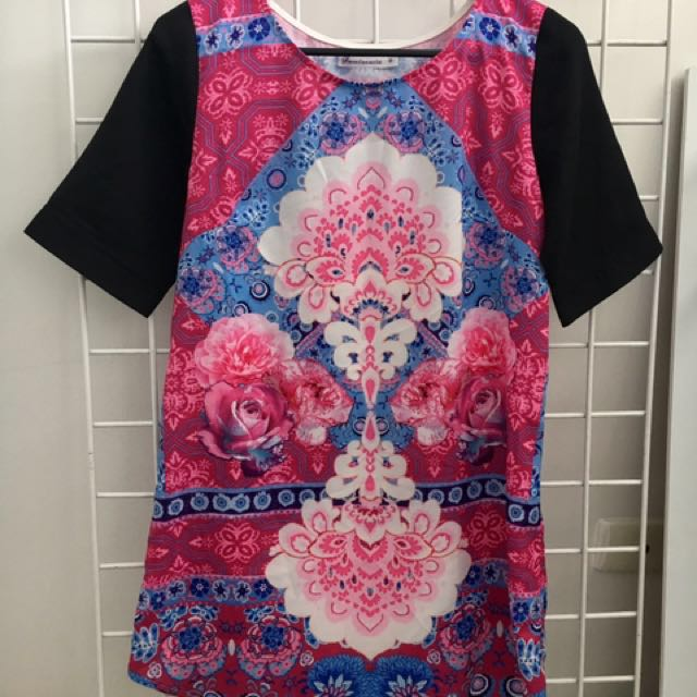 Pink Patterned T Shirt/Shift Dress - Size 8