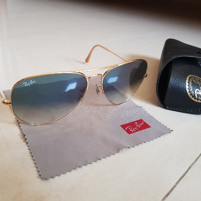 ed61bb39df Ray Ban Aviator Gradient: Light blue gradient, Men's Fashion, Accessories  on Carousell