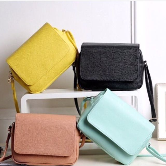 🔥READY STOCK🔥HOT SELLING H&M SLING BAG WITH FLAP CLOSURE