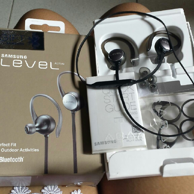 Samsung Level Active Headset