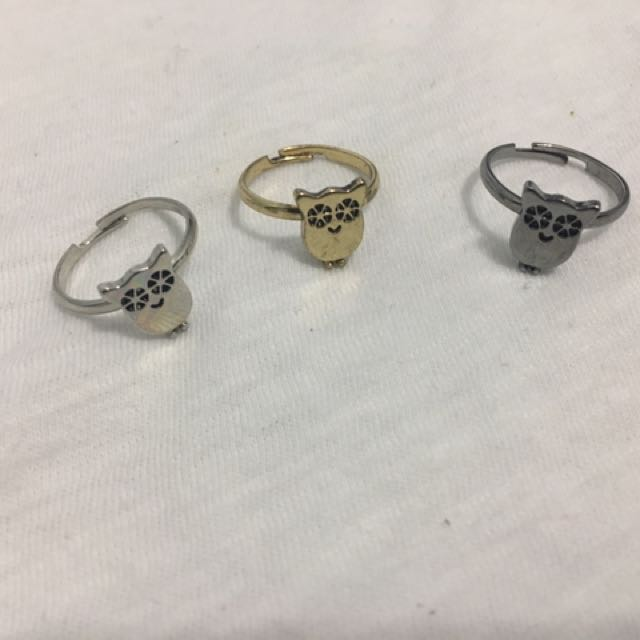 Silver, gold and grey owl ring