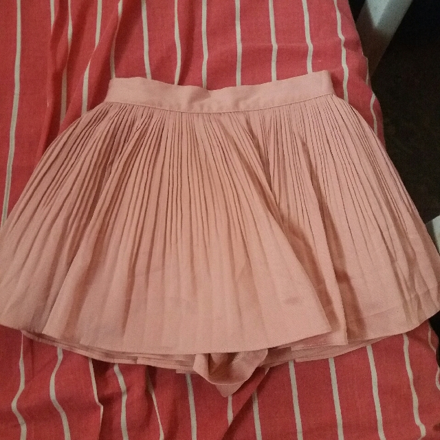 Skorts (Skirt Shorts)