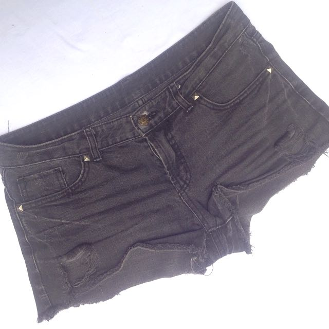 Studs Black Short pants sz L