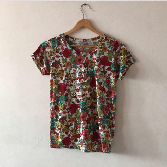 熱帶花花t恤上衣
