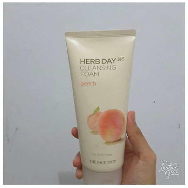 The Face Shop 365 Herb day cleansing foam