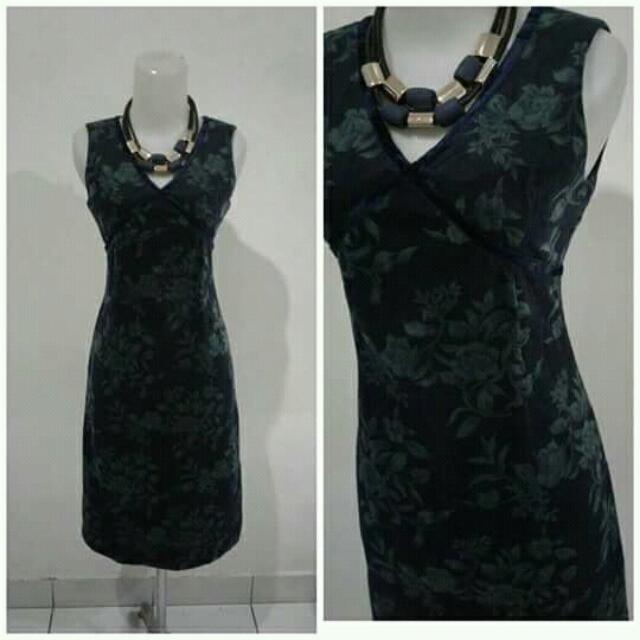 Velvet Flower Midi Dress