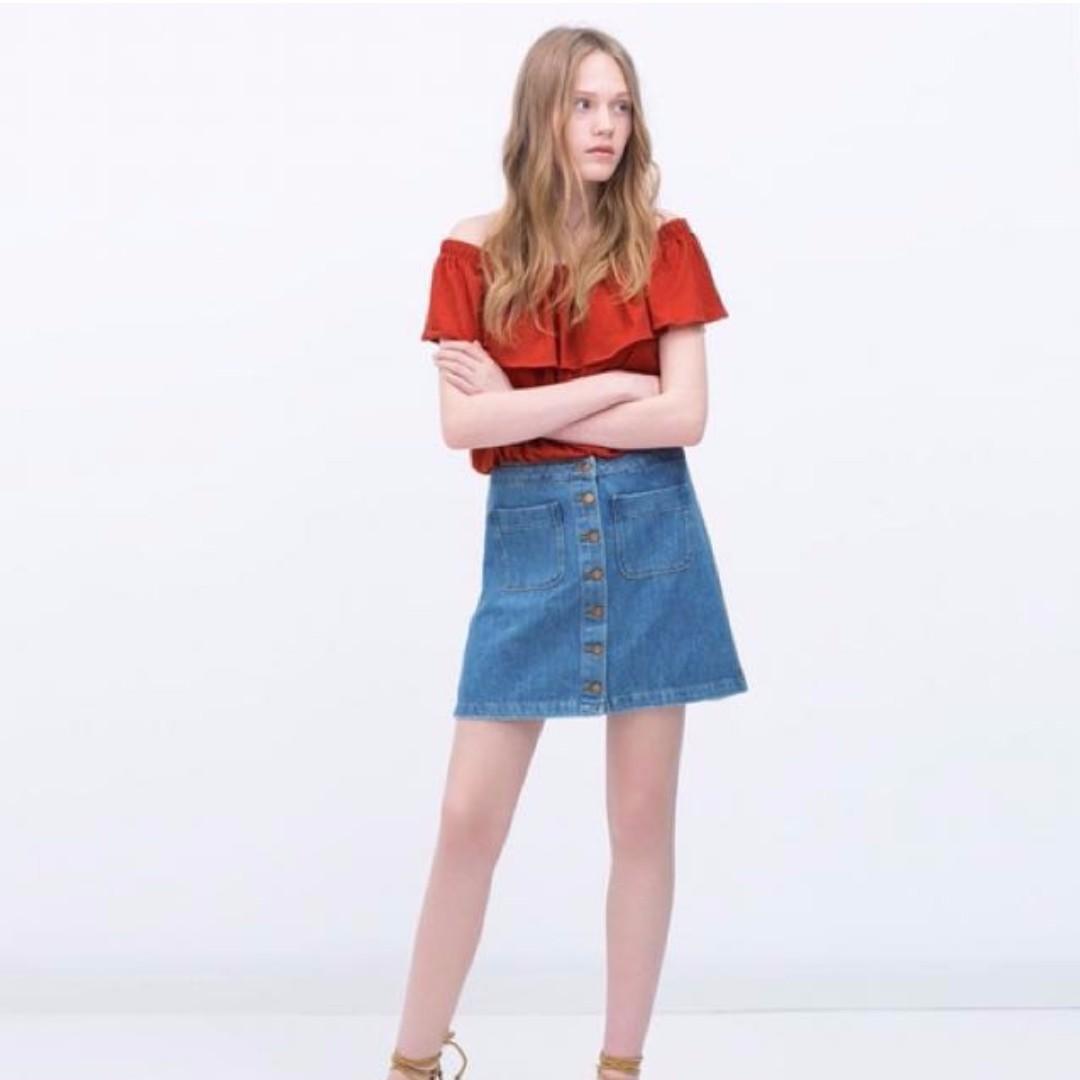 5a2d8acbc9 Zara TRF Denim Skirt