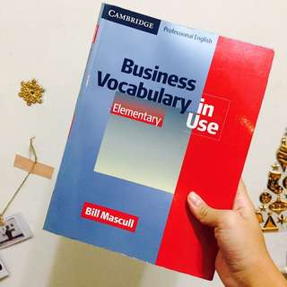 Business Vocabulary in Use Elementary 英文課本 Bill Mascull