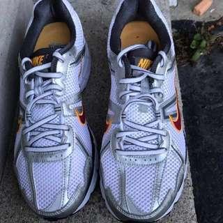 Brand New Nike Women's running shoe