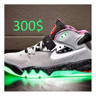 "NIKE | AIR FORCE MAX PRM QS ""AREA 72"""