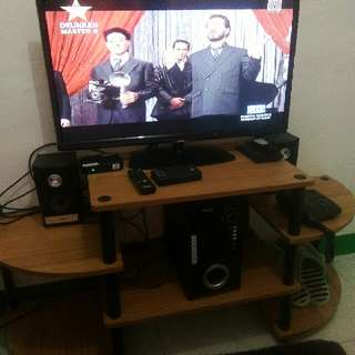 TV set 32inch led Sanyo!  with hometheater 2 speaker plus TV Stand and TV plus...