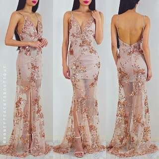 HONEYPEACHES - Gold Sequin Split Dress